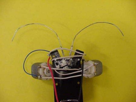 1267033079_faq-robot11