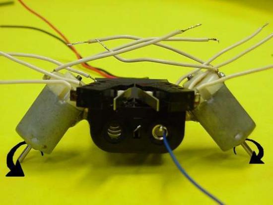 1267033113_faq-robot7