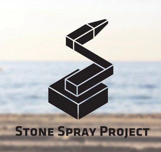 Робот на солнечных батареях использует песок для 3D-печати