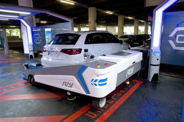 car-robot-ray-2