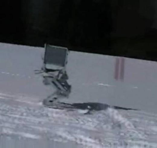 Робот-горнолыжник