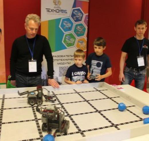 Всероссийская олимпиада роботов прошла в Казани