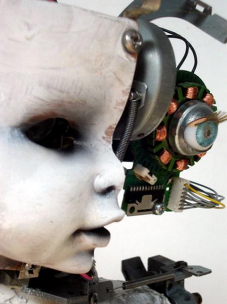1265786842_robot_olivier_1