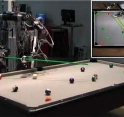 1308520272_robot-pool2-1