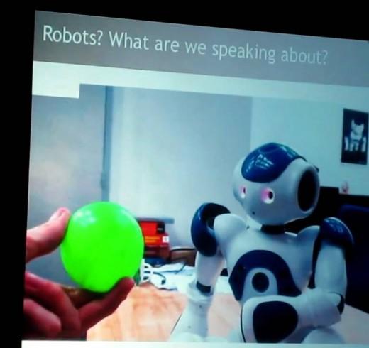 Бруно Мэйсонниер рассказывает о причине создания человекоподобных роботов