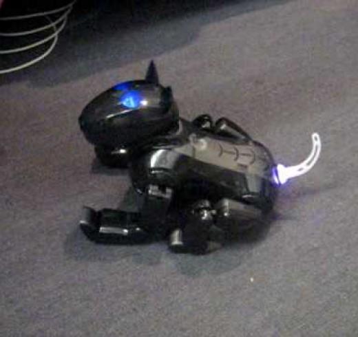 Робот – собака Genibo