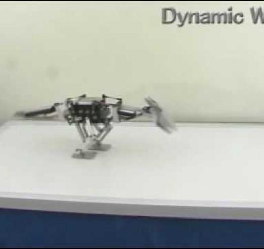 Робот-дино TITRUS III