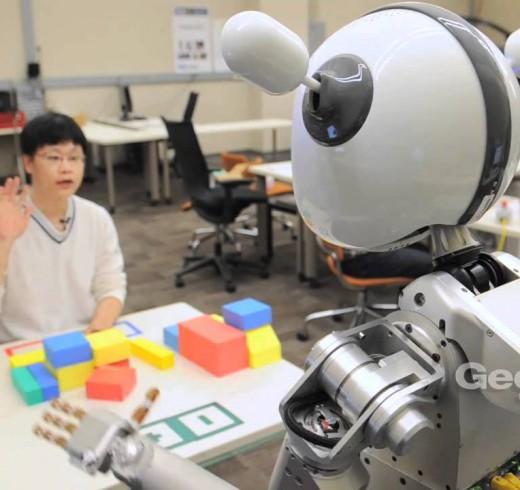 Роботов пытаются научить невербальному общению с людьми